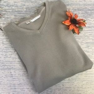 NWOT Cutter & Buck tan v-neck sweatshirt